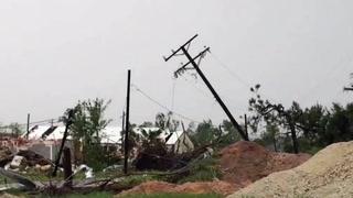 Tornadoen traff Texas - to barn drept