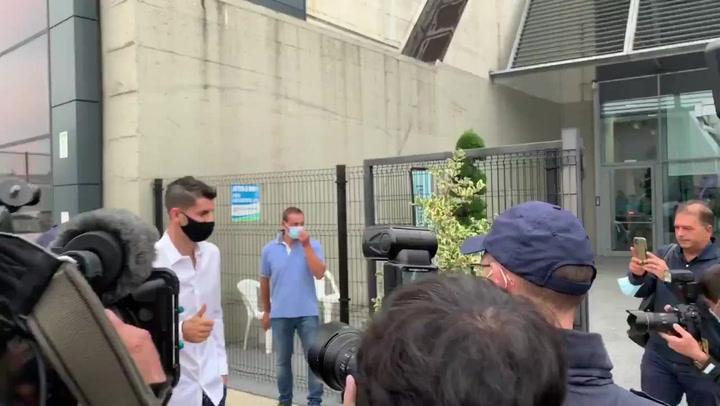 Alvaro Morata pasa la revisisón médica con la Juventus