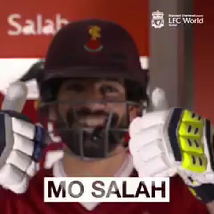 Salah, Mane and Solanke Try Cricket