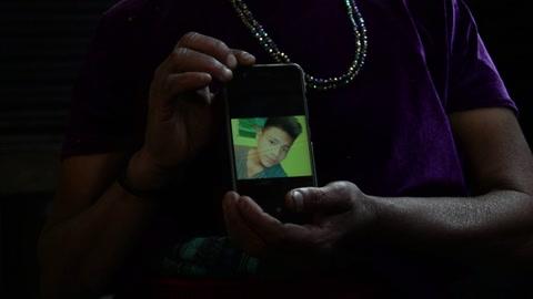 Familia de joven guatemalteco muerto bajo custodia en EEUU aguarda su repatriación