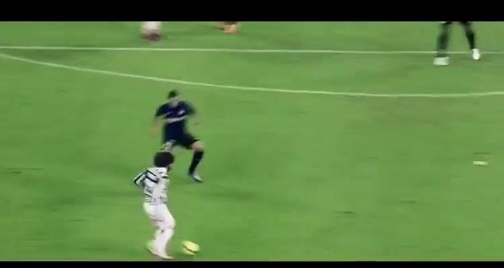 La Juventus da la bienvenida a Pirlo con un video recopilatorio de su etapa como jugador