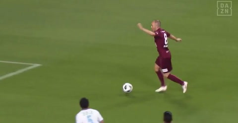 Así fue el impresionante primer gol de Iniesta en Japón