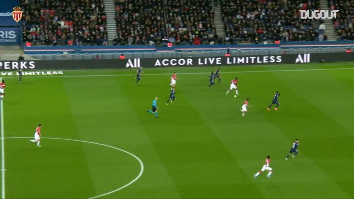 Ben Yedder skilful goal vs PSG