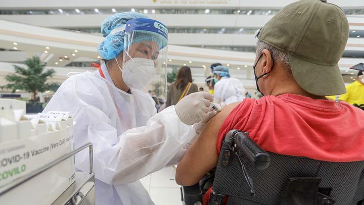 ผู้พิการเข้ารับวัคซีน ที่ศูนย์ราชการฯ แจ้งวัฒนะ กว่า 4,000 คน
