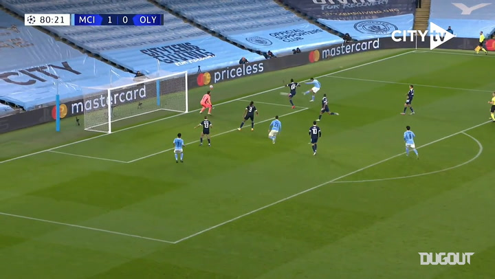 Gabriel Jesus scores incredible goal from tight angle vs Olympiacos