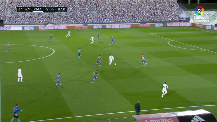 Gol de Benzema (1-0) en el Real Madrid 2-1 Barcelona