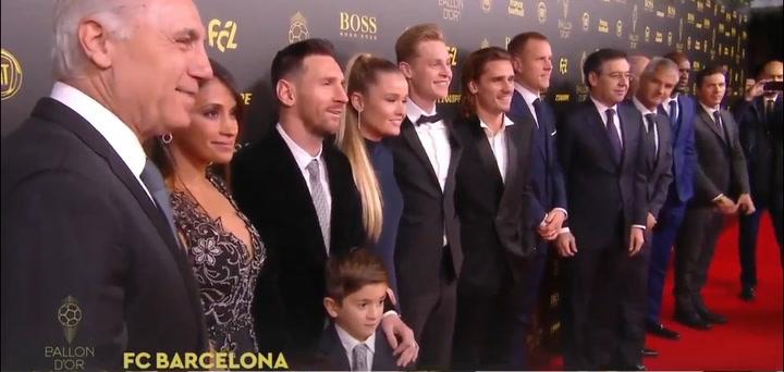 Los jugadores del Barça llegan a la ceremonia del Balón de Oro