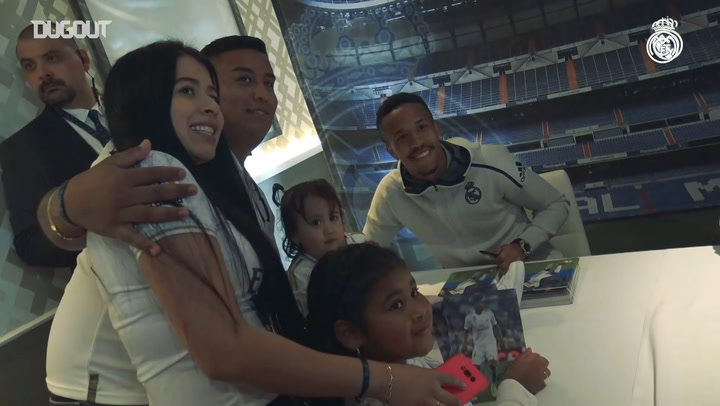 Casemiro and Militão take centre stage in Valencia signing session