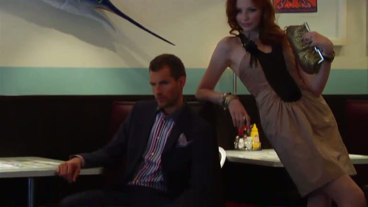 Mote: Hvordan sette sammen et cocktailantrekk
