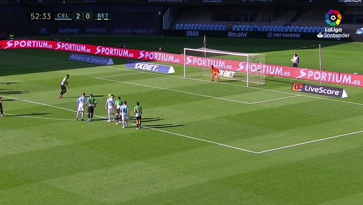 Gol de Borja Iglesias (p.) (2-1) en el Celta 2-3 Betis