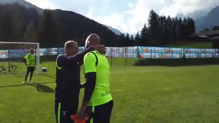 Pepe Reina ya entrena con la Lazio
