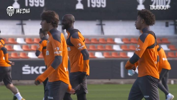 Valencia train ahead of their Copa del Rey debut