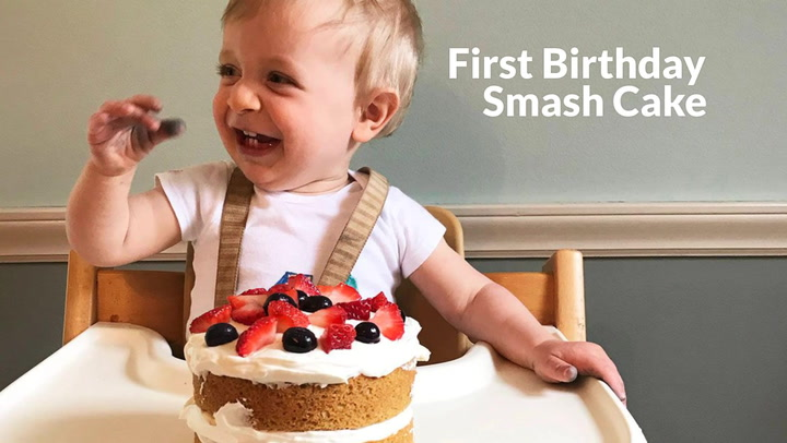 Awesome First Birthday Smash Cake With Yogurt Frosting Personalised Birthday Cards Veneteletsinfo