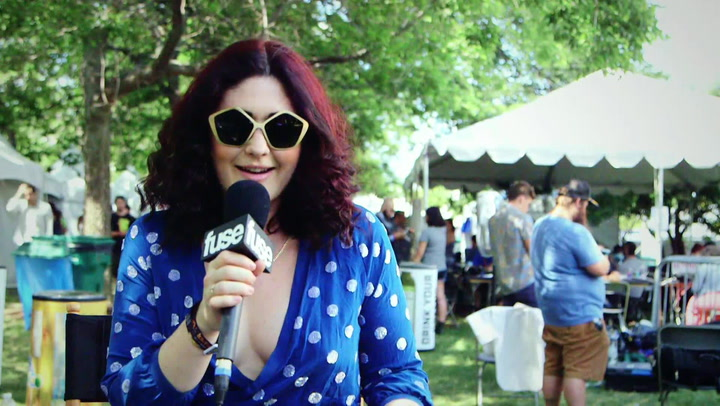"""Lollapalooza 2015: White Sea's Morgan Kibby Discussing Her """"Stoned"""" Song"""