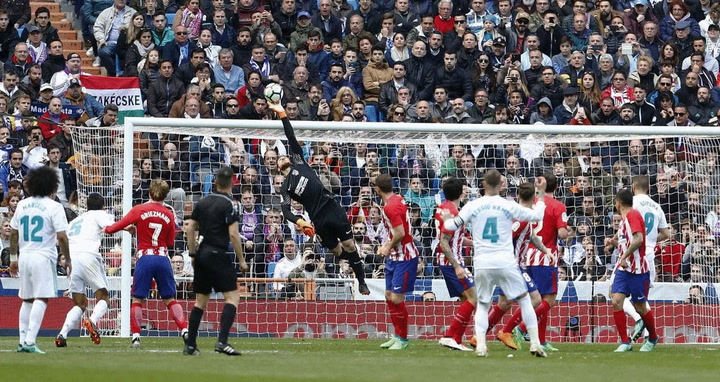 Oblak's Stunning Save Against Real Madrid!