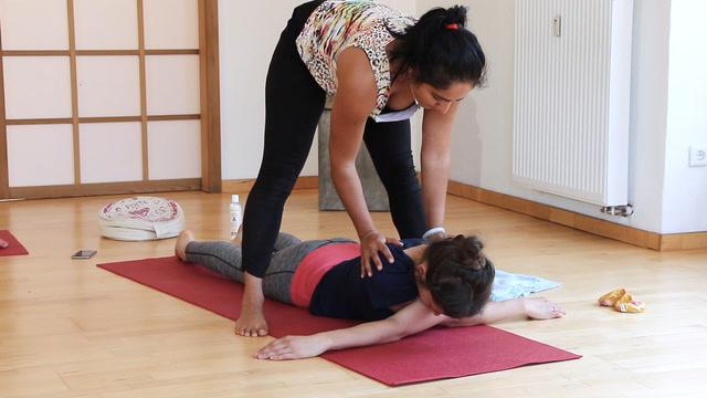 Yin Yoga für die Schultern
