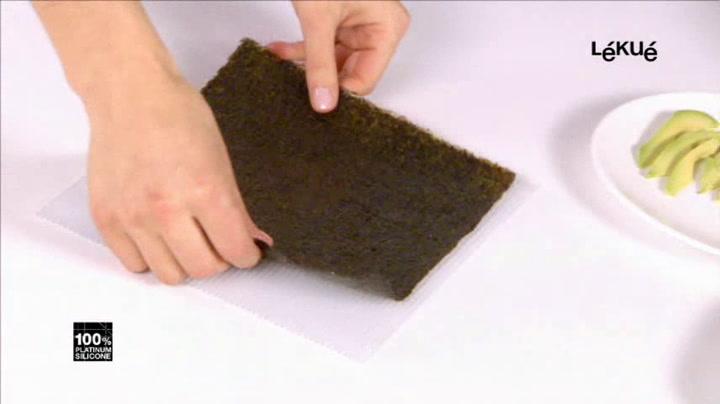 Preview image of Lekue Silicone Makisu Sushi Mat video