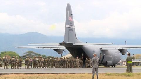EEUU y Colombia sacan músculo a su alianza con ejercicios militares de paracaidismo
