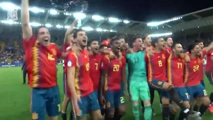 Así celebró la selección sub-21 española la victoria en la Eurocopa de Italia 2019