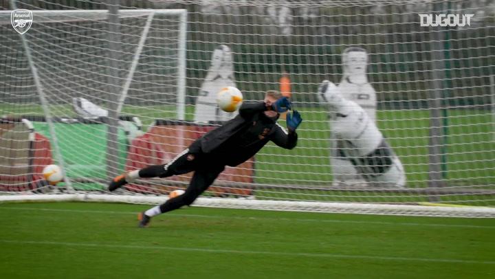 El entrenamiento del Arsenal previo a su partido ante el Rapid Viena