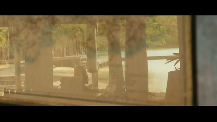 Featurette: On Set in Jamaica