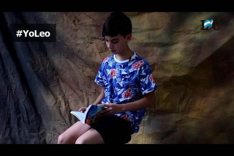 La aventura de un niño detrás de un libro maldito
