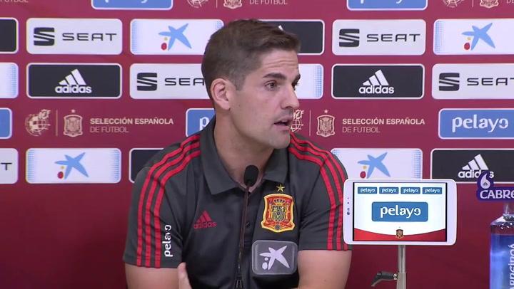 Robert Moreno explica la ausencia de Paco Alcácer