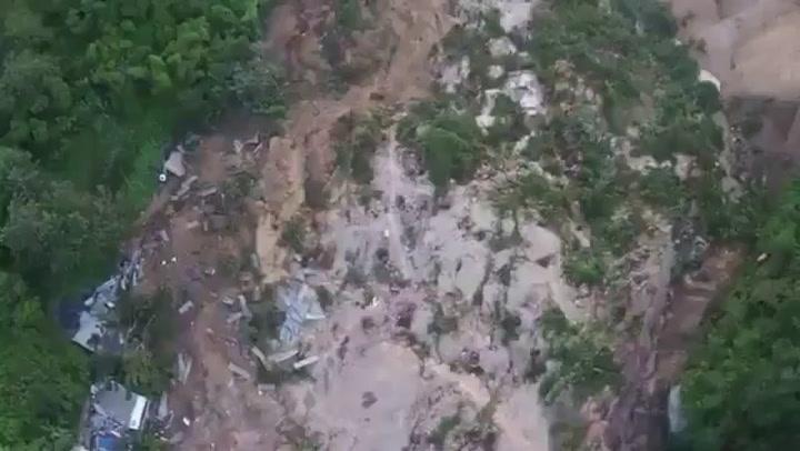 Drone-beelden van het getroffen gebied
