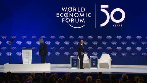 Trump denuncia en Davos el