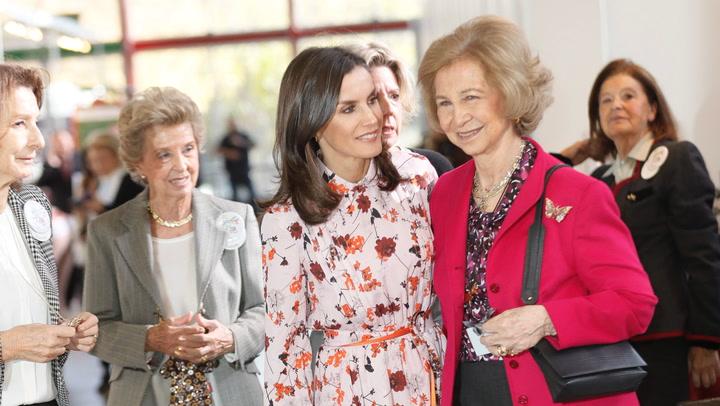 La reina Letizia y la Reina Sofía acuden juntas al Rastrillo Nuevo Futuro