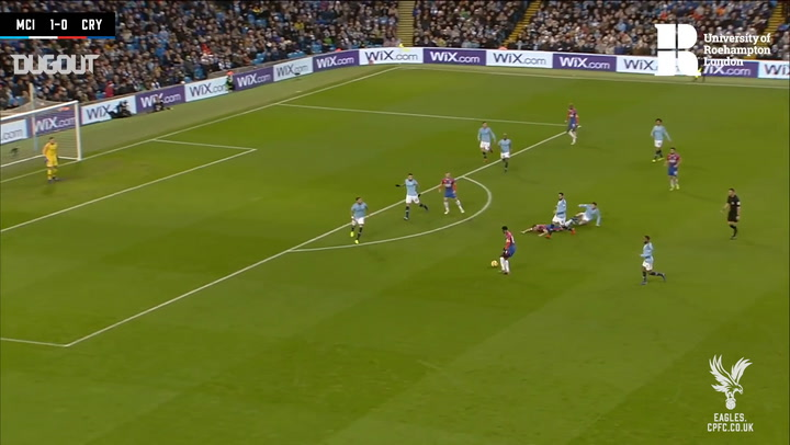 Jeffrey Schlupp equalises for Crystal Palace vs Manchester City at the Etihad