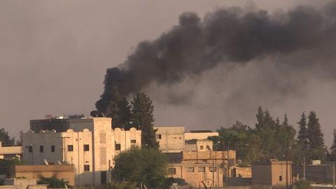 Turcos avanzan en Siria, Damasco envía tropas para enfrentar ofensiva
