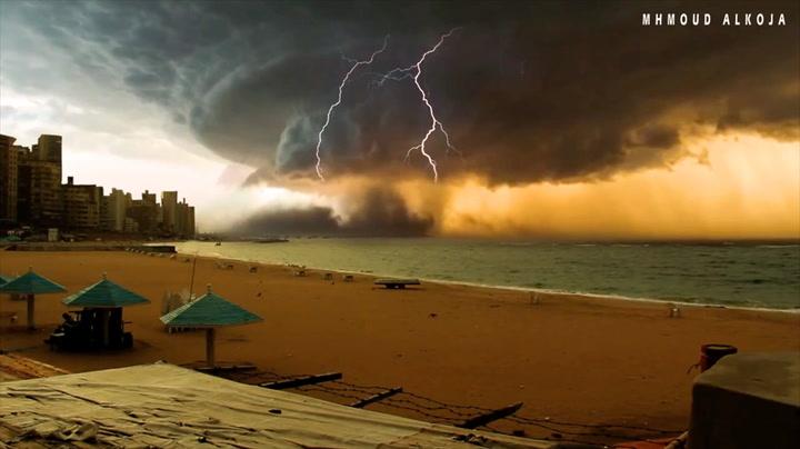 Skapte monster-orkan som kan sluke hele byen