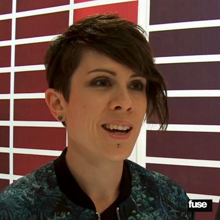 Tegan and Sara Meet NKOTB Behind The Scenes At Fuse
