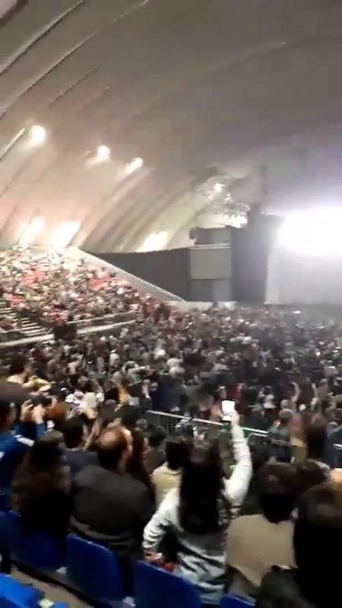 El público insultó a Macri en la previa del recital de Charly García
