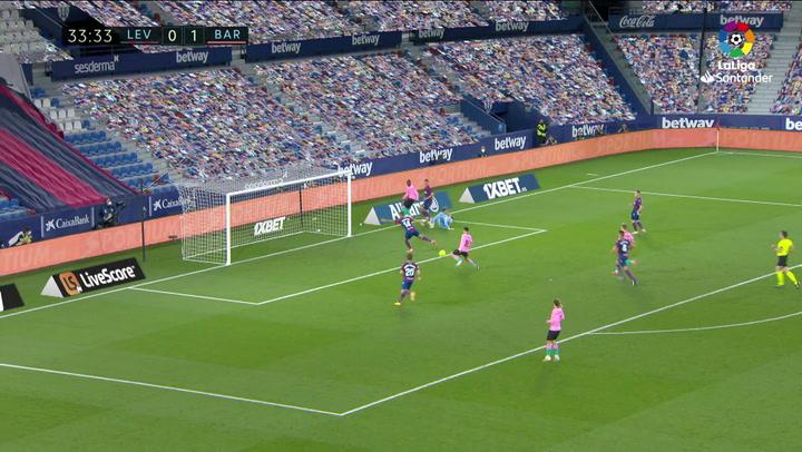 Gol de Pedri (0-2) en el Levante 3-3 Barcelona