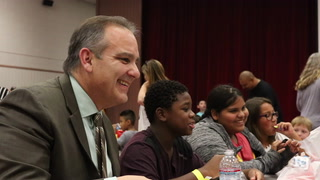 CCSD Superintendent Jesus Jara Has Lunch With Students