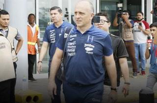Fabián Coito anuncia que seis jugadores regresan a sus clubes tras jugar en Martinica