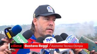 Reggi responde a Juan Carlos Suazo: 'Son oficinistas que nunca han pateado una pelota'