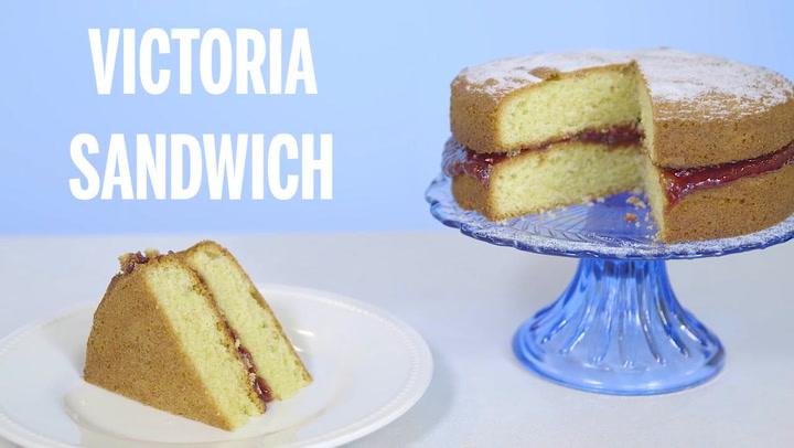 Mary Berry S Victoria Sandwich Baking Recipes Goodtoknow