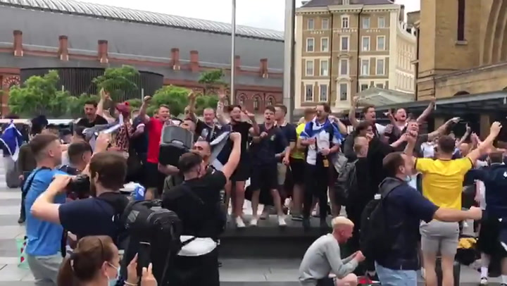 Scotland fans sing on arrival in London ahead of Euro 2020 game against England