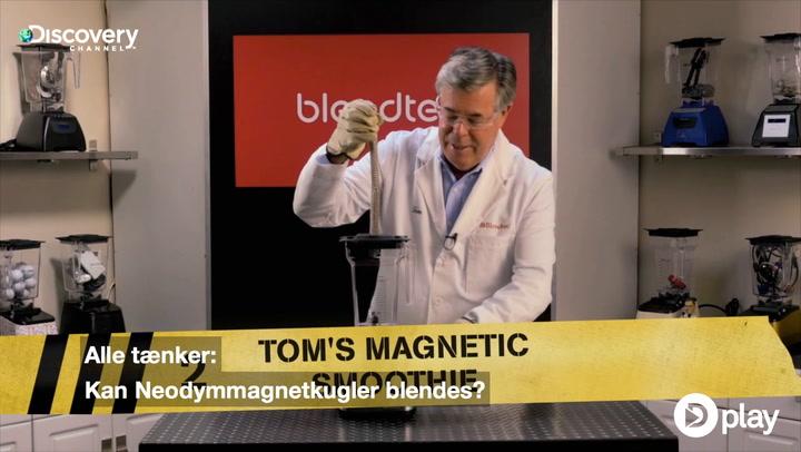 Magneter i blender skaber ildtornado