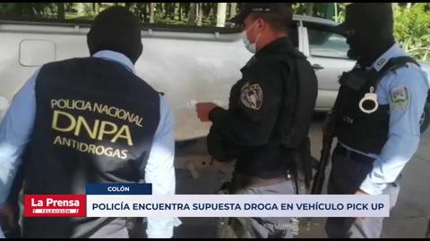Policía encuentra supuesta droga en vehículo pick up