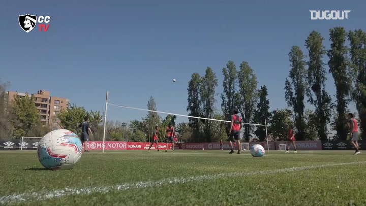 Colo-Colo prepare for their game against Universidad Católica