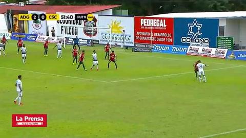 Elmer Güity se estrena como goleador en el fútbol de Costa Rica
