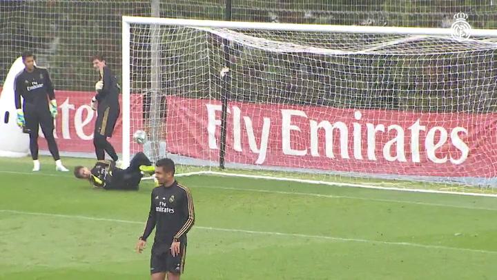 Última sesión de entrenamiento del Madrid previa al partido contra el Leganés, sin Bale