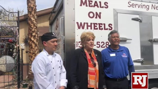 Mayor Goodman delivers Meals on Wheels