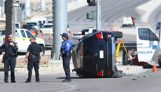 Man drives 5 miles, crashes after North Las Vegas police shoot him – VIDEO