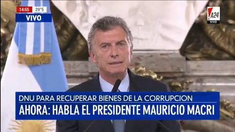 Crítica de diputados opositores al decreto de Macri
