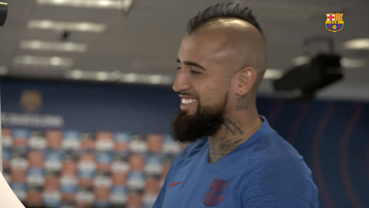 Arturo Vidal se enfrenta al divertido desafío Barça Faces